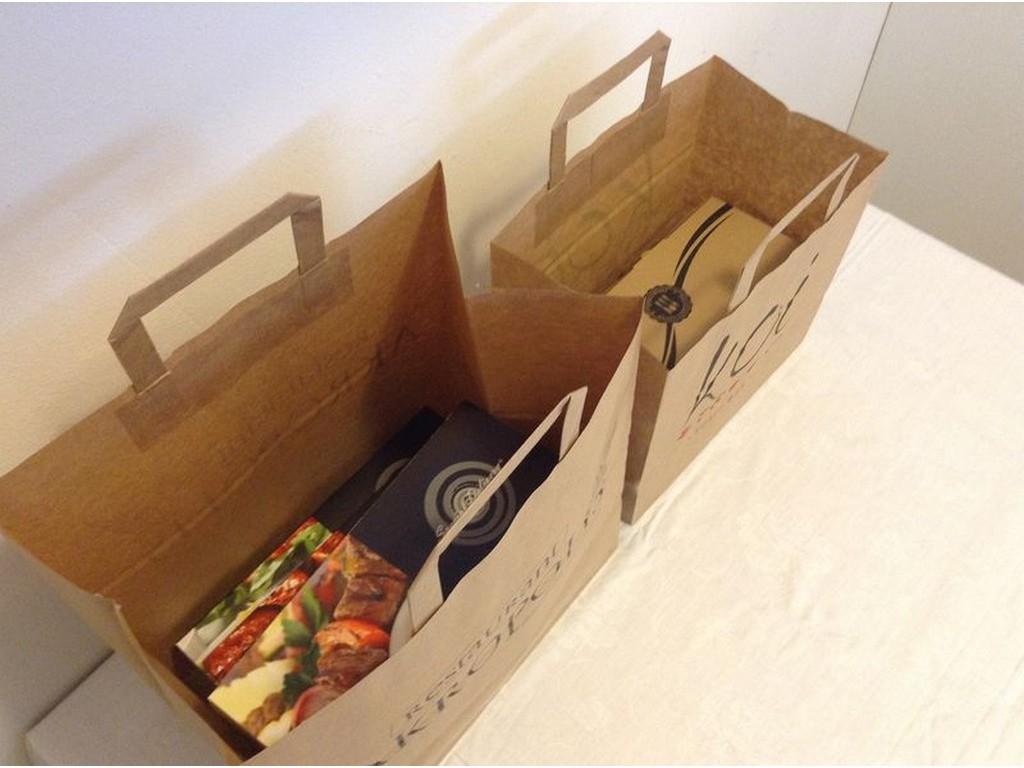χάρτινες τσάντες κραφτ delivery τσάντες delivery για εστιατόρια καφέ  ζαχαροπλαστεία πιτσαριες 62fc286c452